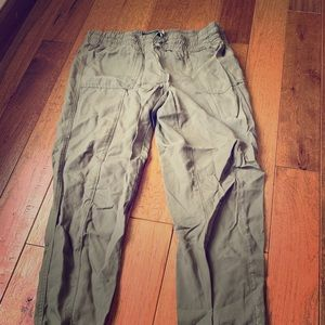 Pants - Lightweight Army Green Joggers